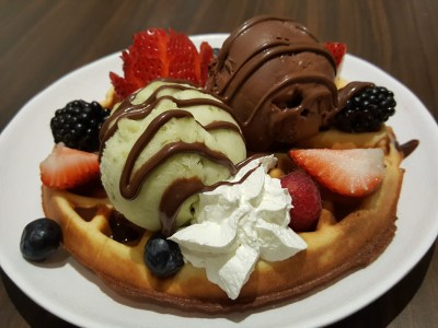 Shio & Pepe, Offering Japanese-Italian Cuisine At The Casual Dining Zone In Emporium Shokuhin - Double Scoop Gelato with Waffle - ($11.40++)
