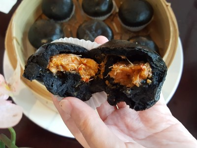 The Quayside Re-opened After Renovation, Looking Vibrant and Sleek - Chilli Crab Charcoal Bun