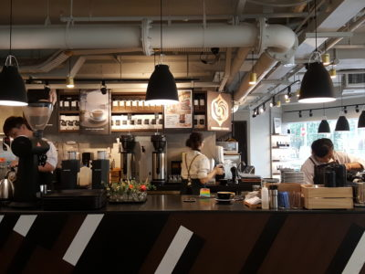 Mellower Coffee @ Bugis, Hail From Shanghai Offering Instagram-worthy Coffee and OOTD Ambience - Counter