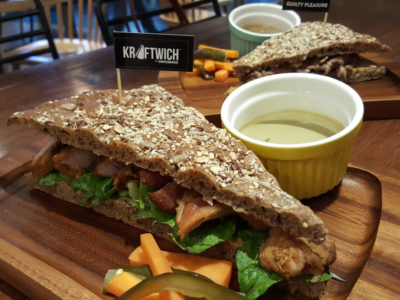 Kraftwich Sandwich With Dip, In Collaboration With Master Chef Finalist - Kraftwich Ovenbake Chicken with Green Curry Dip ($14.90)