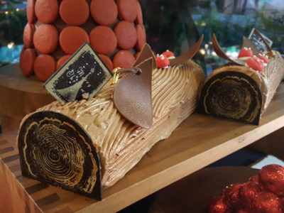 One Farrer Hotel & Spa Christmas Feasting 2017 At Escape Restaurant & Lounge - Log Cakes