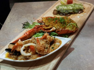 Fumee By Hanabos With Lots Of 1-For-1 Deals At Millenial Walk - Seafood Platter