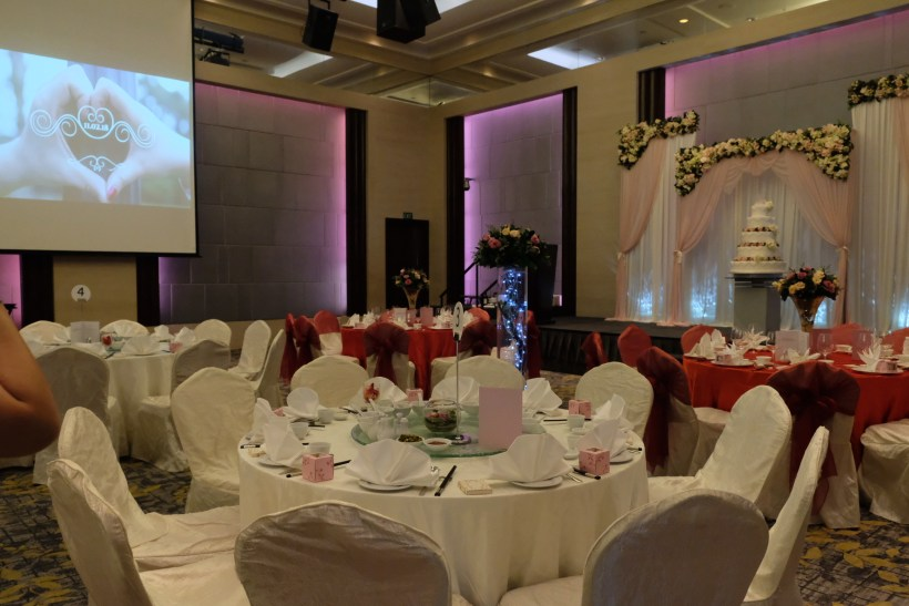 Carlton Hotel Wedding Lunch Banquet, Eight-Course Sumptuous Lunch With Decent Quantity - Wedding Banquet