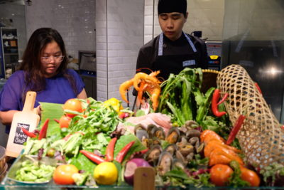 Straits Cafe @ Hotel Rendezvous Launching Favourites Of The Straits Buffet Spread - Fried Sambal Seafood 'Live' Station
