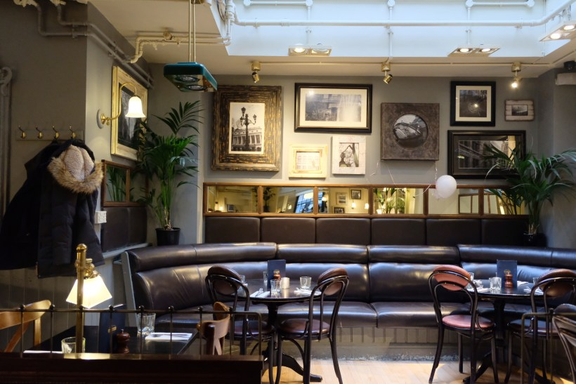 Browns Restaurant In Covent Garden, A Restaurant To Experience Classic English Fare - Interior