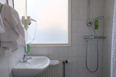 Hotel van Walsum Rotterdam Cosy Hotel With Good Vibes - Hotel van Walsum Rotterdam Cosy Hotel With Good Vibes - Bathroom, another view