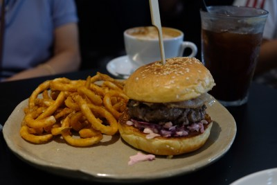Columbus Coffee Co At Upper Thomson By The Same Folks Behind Atlas And Lunar Coffee - Classic Cheese Burger & Curlies ($22)