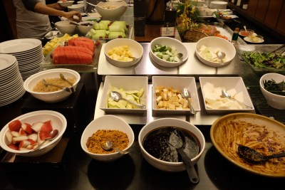 Penang Buffet Dinner At Princess Terrace @ Copthorne Kings Hotel - Rojak