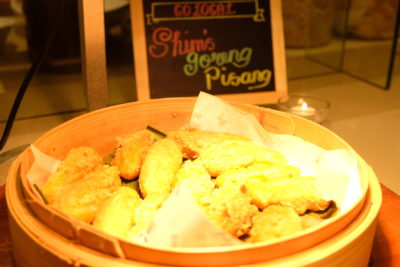 Go Local Buffet At Four Points Eatery In Four Points By Sheraton Singapore Riverview - Goreng Pisang