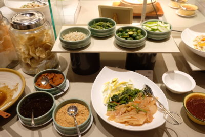 Go Local Buffet At Four Points Eatery In Four Points By Sheraton Singapore Riverview - Cuttlefish Kang Kong
