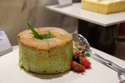 Go Local Buffet At Four Points Eatery In Four Points By Sheraton Singapore Riverview - Pandan Cake