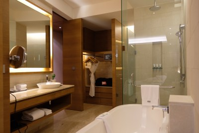 The Westin Mumbai Garden City At Goregaon East, Mumbai - Bathroom