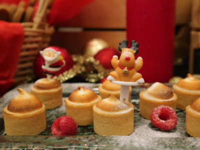 Santa's Christmas Circus Festive buffet at Mercure Singapore Bugis - Mini lemon meringue tart