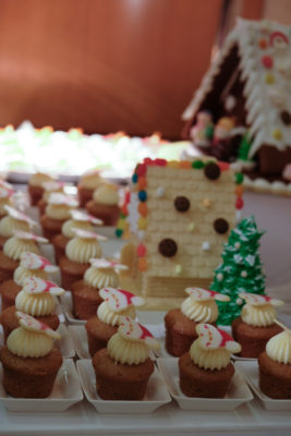 Celebrating 2018 Christmas With Singapore Marriott Tang Plaza Hotel - Gingerbread Spiced Cupcake