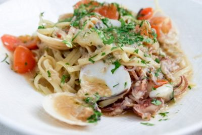 Telok Ayer Arts Club Serving Health Option With Alcohol - Seafood Fettuccine (S$25++)