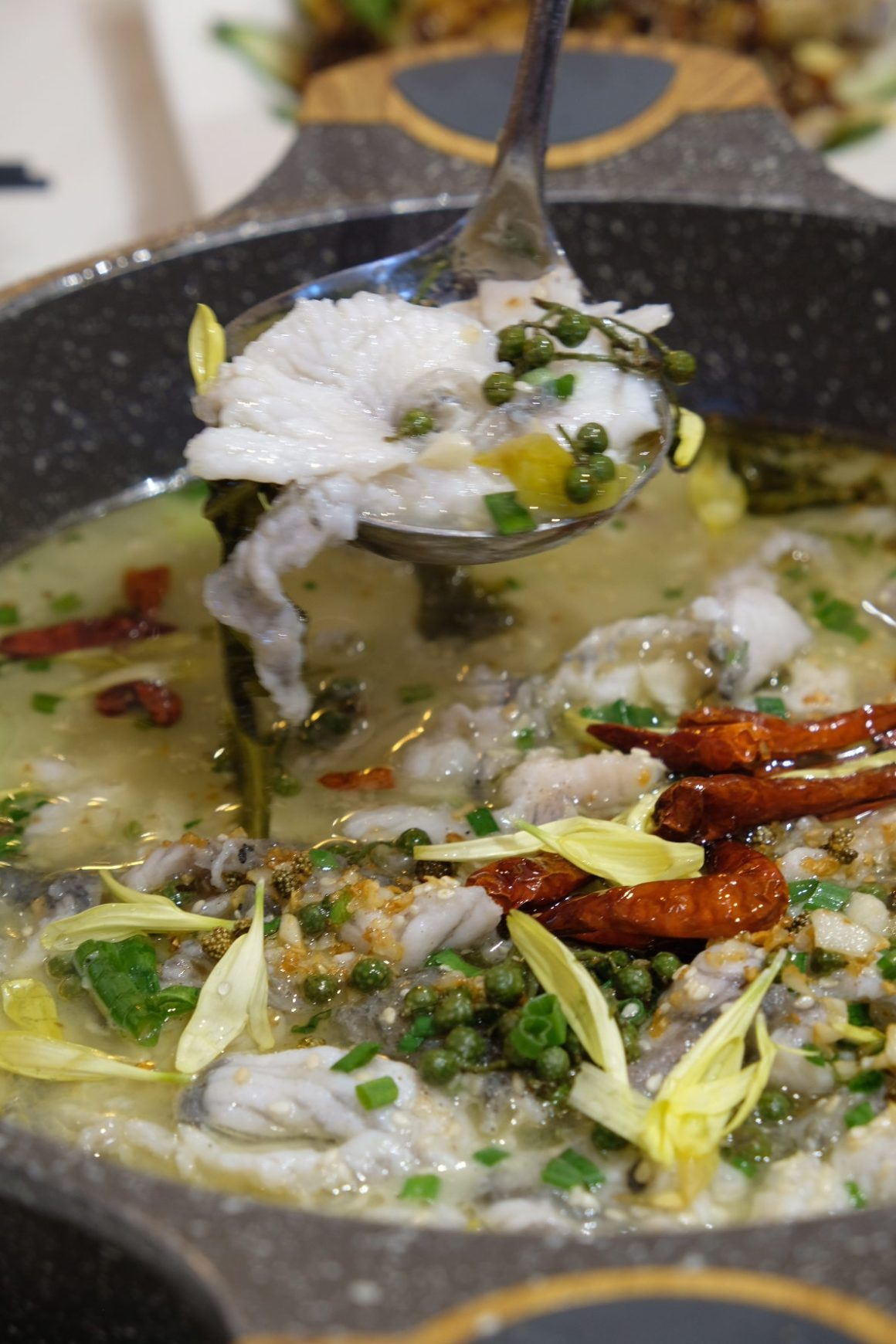 Qi Lai Feng, QQMuscleFish Hotpot, At Chinatown Point - Sauerkraut Fish Pot 精品酸菜鱼锅 ($38.80 for small pot)