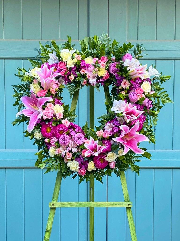 """18"""" Sympathy Wreath Pink"""