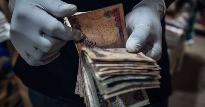 Naira Plunge Against Dollar At Parallel Market