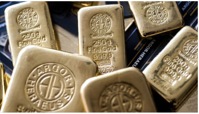 Gold on course for best year in a decade