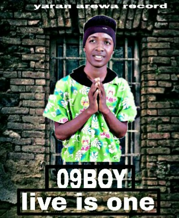 09boy live is one MP3 Download
