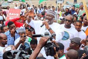 See 10 Most Controversial Nigerian Politicians Of 2017
