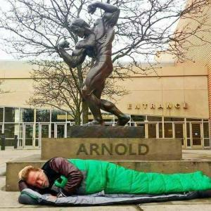 How Times Changed: The Story Of Arnold Schwarzenegger Sleeping Next To His Statue