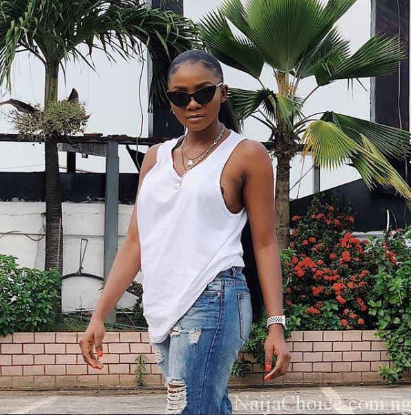 Beautiful Singer, Simi, Gets Fans Talking With Stunning New Photos On Instagram