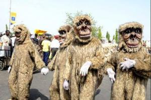 Young Boy Fights Dirty With Masquerade Over N20