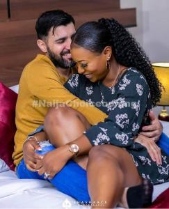 Oyinbo Man And His Beautiful Nigerian Fiancée In Romantic Pre-Wedding Pictures