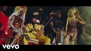 DOWNLOAD VIDEO: Davido ft. Naira Marley, WurlD, Zlatan – Sweet In The Middle