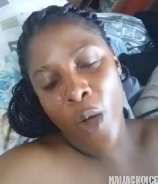 Coronavirus lockdown : Sexually frustrated Nigerian lady cries out for 'help' (Video)