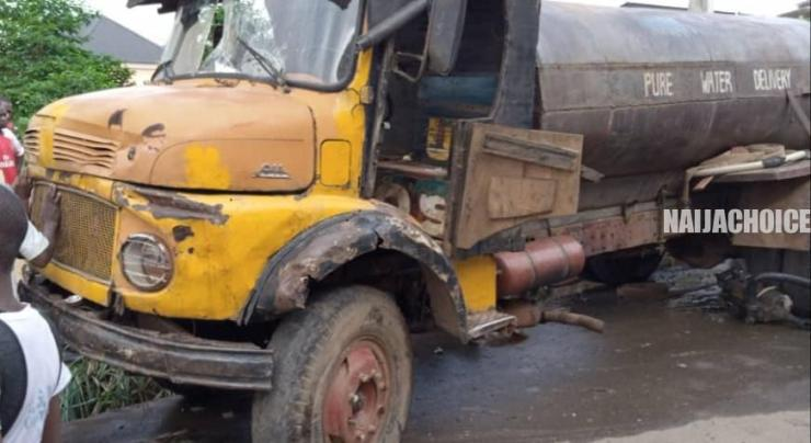 Water Tanker Crushes Tricycle , Kills One , Injures Others In Anambra (Photos)