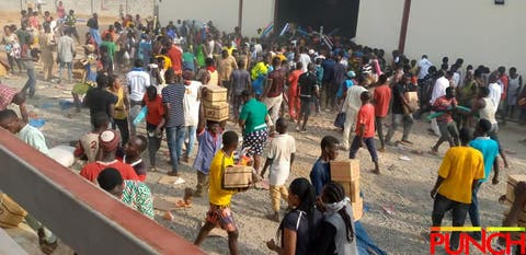 Thugs Invade Abuja Industrial Estate , Loot Warehouses