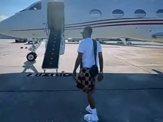 Wizkid Gets A Customized PJ Floormat For His Newfound Status (Video)