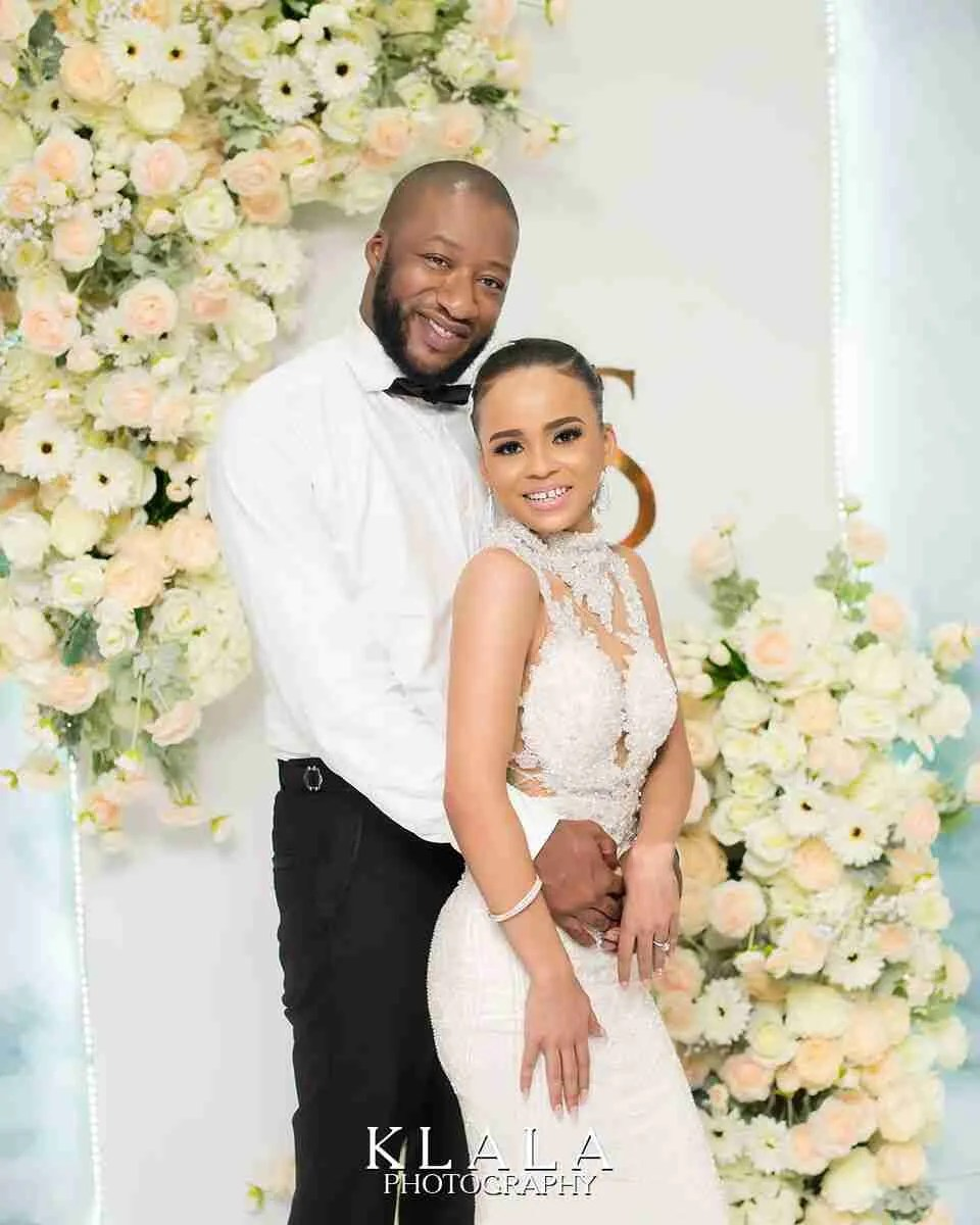 White Wedding Pictures Of Stephanie And Soji|KlalaPhotography