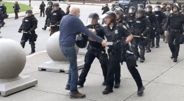 75-year-old-man bleeds from the head after cops pushed him during a protest in New York (video)