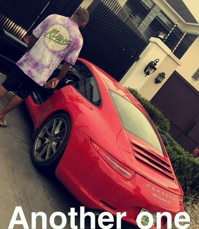 Davido owns a Porsche 922 Carrera S.