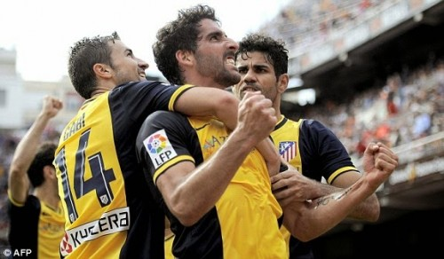 1398614462037 lc galleryImage Atletico Madrid s midfiel 500x292 [Video] Valencia 0   1 Atletico Madrid [La Liga] Highlights