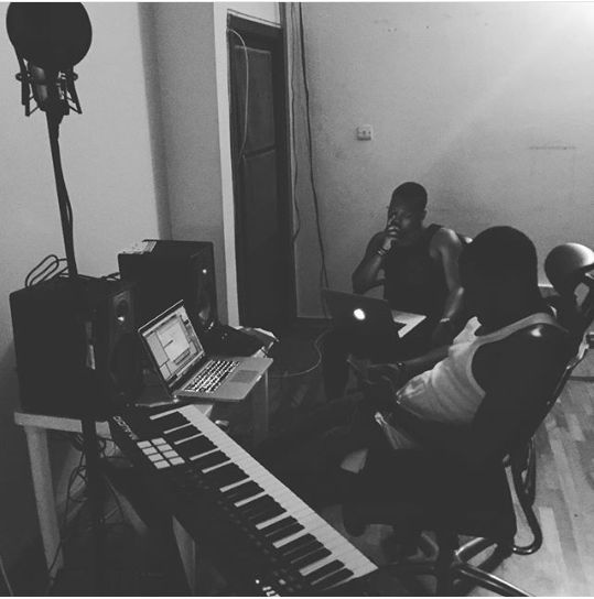 wpid-olamide-pictured-working-on-his-fifth-studio-album-with-pheelz-in-the-studio1
