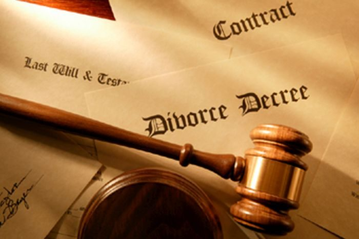 divorce1 700x465 - My Husband Never Feeds Me – Wife Tells Court