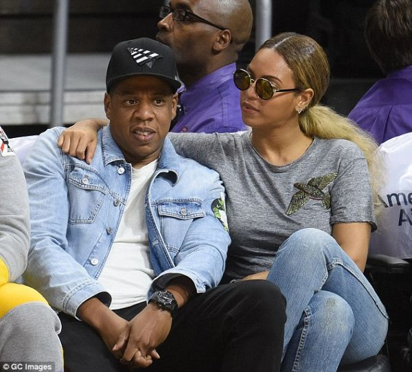348739FE00000578 3604718 image m 131 1464003922970 - Beyonce & Jay Z Buy A New House In Hamptons, Worth A Huge Money (See Photos)