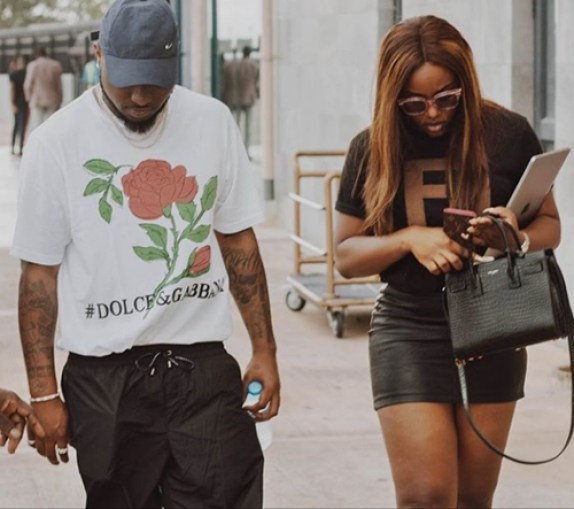 Davido And Chioma Fly Private Jet To Abuja