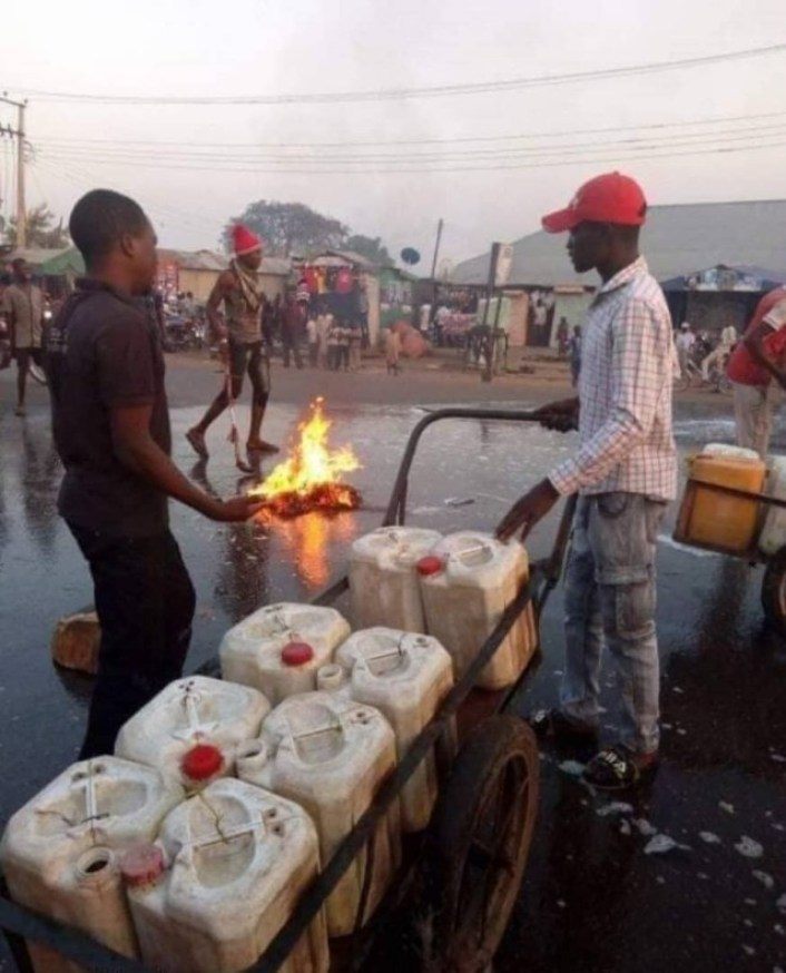See What Kaduna State Residents Did Shortly After Governor El-rufai's Visit (Photos) 3