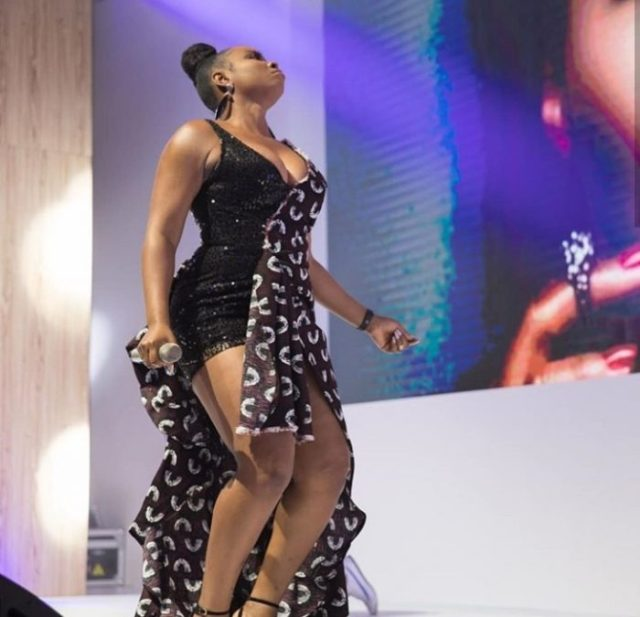 Yemi Alade Shows Cleavage In Sultry Outfit (Photos) 2