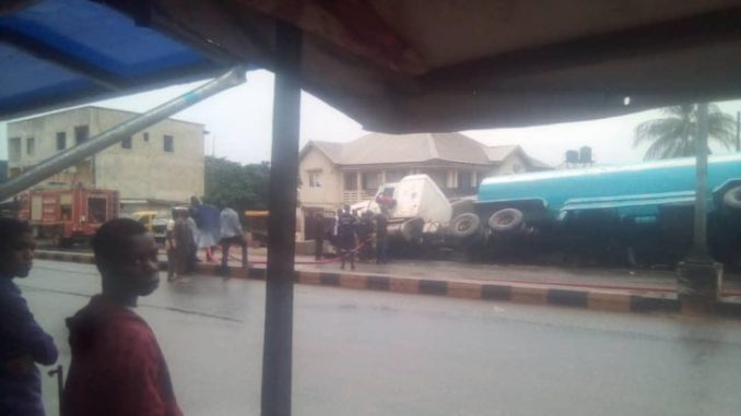 Breaking News: Serious Tension As Another Petrol Tanker Falls In Anambra