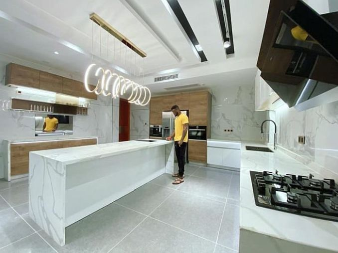 TOO MUCH MONEY!! See Stunning Photos Showing Inside Of Peter Okoye's $3.8 Million Banana Island Mansion 7