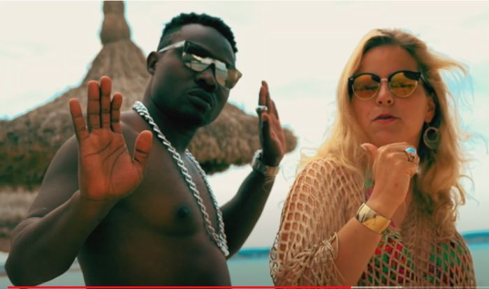 VIDEO: Mr. Quid – Tocame download