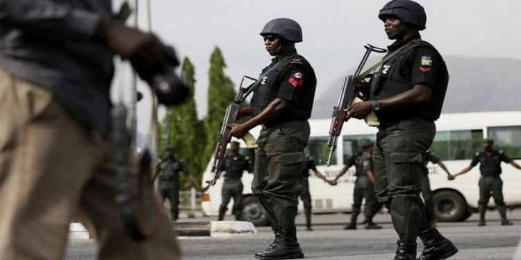 BREAKING: Lagos Police Station Under Attack