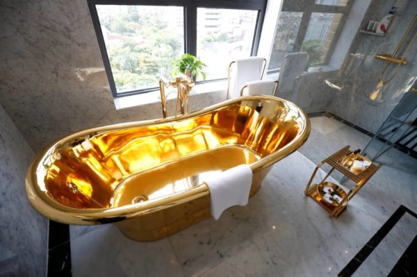 gold hotel 3 - From Bathroom To Swimming Pool, All the things About This Lodge Is Gold Plated (Pictures)