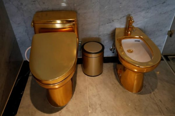 gold hotel 4 - From Bathroom To Swimming Pool, All the things About This Lodge Is Gold Plated (Pictures)